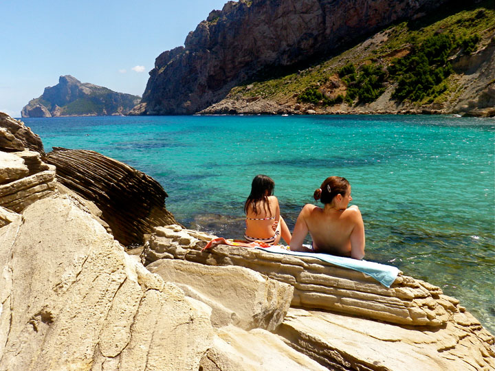 fishingtripmajorca.co.uk boat tours to Cala Boquer in Majorca